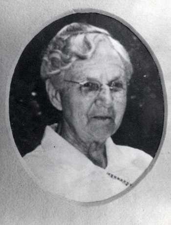 Erna Fergusson portrait late in life. Huning-Fergusson Family Photograph Collection (000-194-0003.tif), Center for Southwest Research, University Libraries, University of New Mexico.